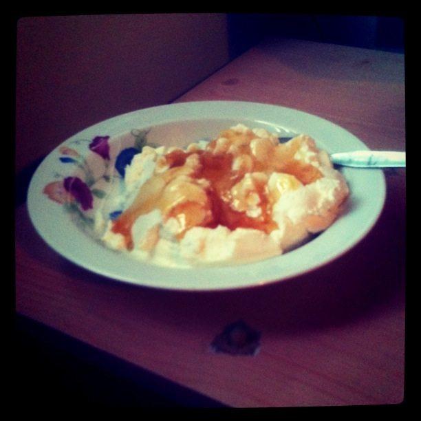 Greek Desserts: Yogurt with Honey