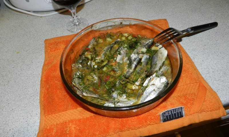 Sprats with mustard and lemon
