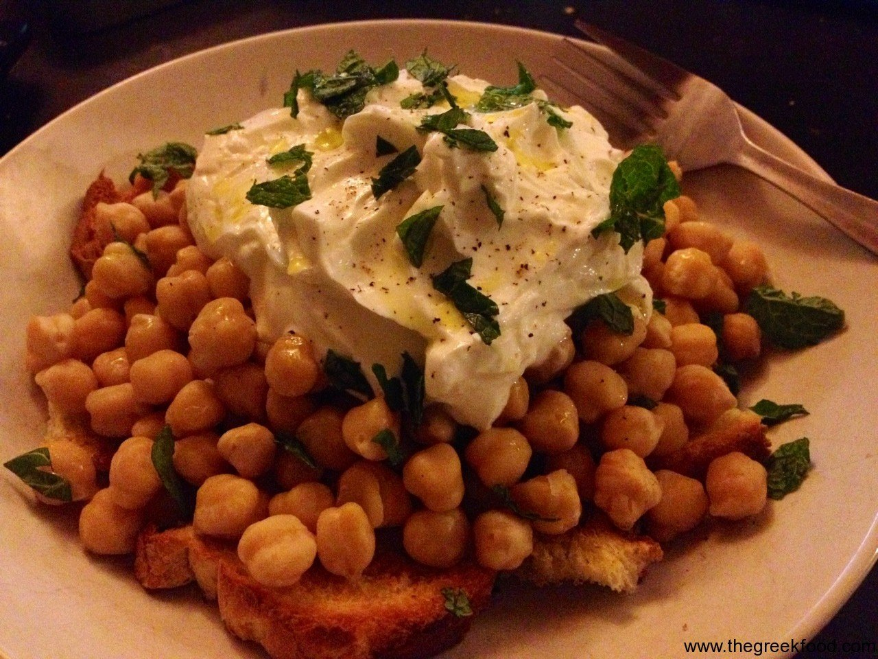Chickpeas with Greek Yogurt