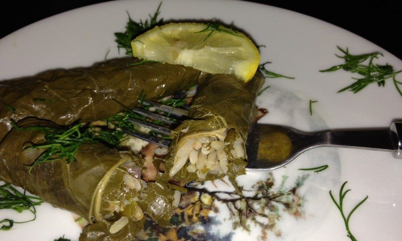 Dolmadakia -Stuffed Vine leaves
