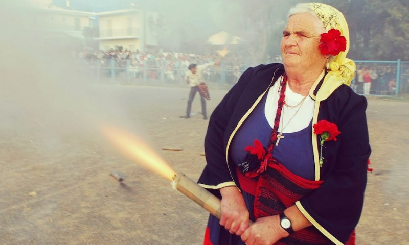 5 Customs you can experience in Greece during Easter